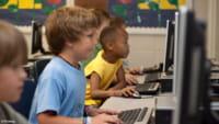 Jedes 4. Kind sucht Drogen im Internet